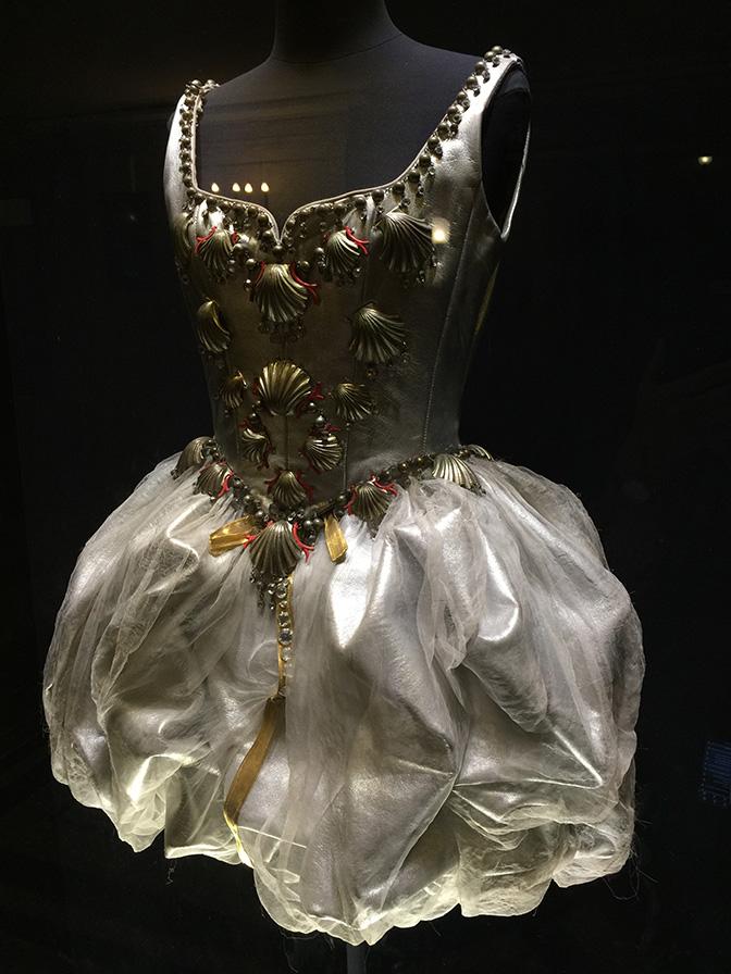 Palais-Garnier-Costume All Things French