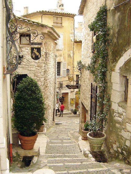 See Vence. Villefranche sur Mer. 10 Day Tours for Women, May and September. All Things French.