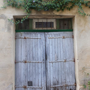 Very-Old-Doorway---Uzes