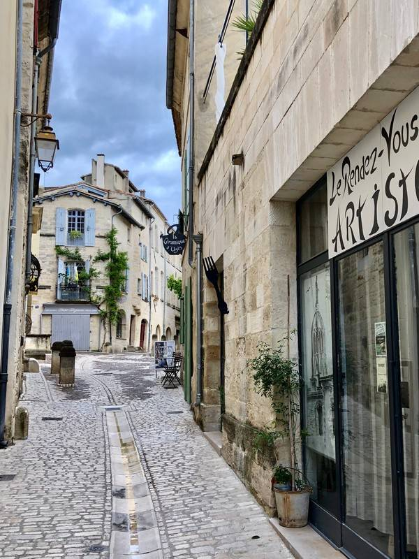 Artisan. Uzes. Provence Alpes Cote d'Azur. All Things French TOURS.