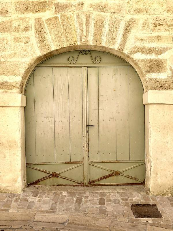 Door Love. Uzes. Provence Alpes Cote d'Azure. All Things French TOURS