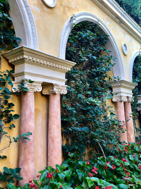 Colums, Villa Ephrussi de Rothschild, Villefranche sur Mer, All Things French