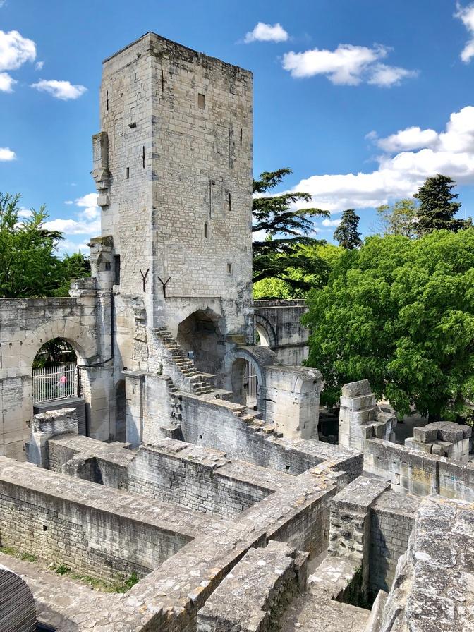 Roman Architecture and Amphitheatre in Arles Théâtre Antique d'Arles